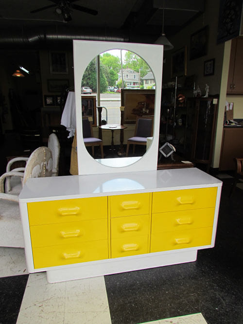Broyhill-Premier-Chapter-One-dresser-and-mirror