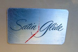 Satin-glide-bath-vanity-label