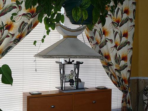 retro-asian-inspired-table-lamp