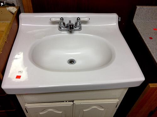 porcelain bathroom sink top
