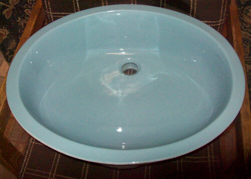 Light blue 21 x 17 inch oval under mount silnk