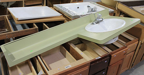 avocado-laminate-counter-with-sink