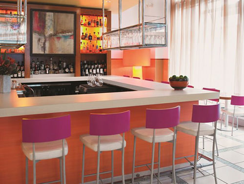 formica-use-in-bar-restaurant-setting