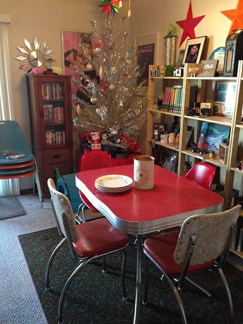 red-and-chrome-vintage-dinette-Venice010