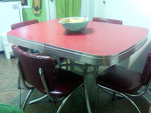 23 red dinette sets vintage kitchen treasures Retro  : red dinette with chrome accents vintage from retrorenovation.com size 500 x 375 jpeg 45kB