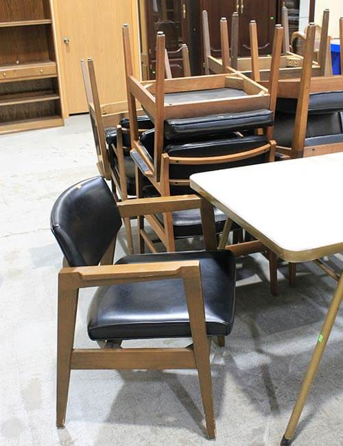 retro-wood-chairs