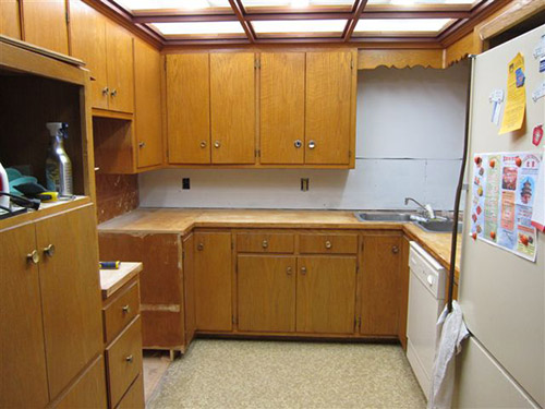Repainting Wood Kitchen Cabinets