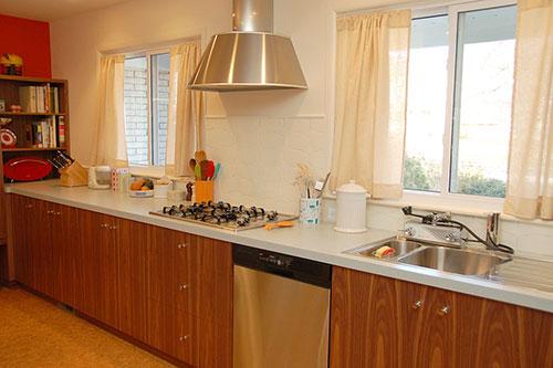 mid-century-modern-kitchen-with-dishmaster