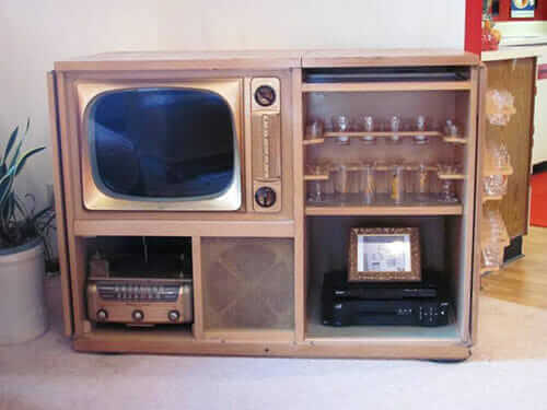 Admiral-Tele-bar-photo