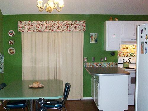 modern-retro-green-kitchen