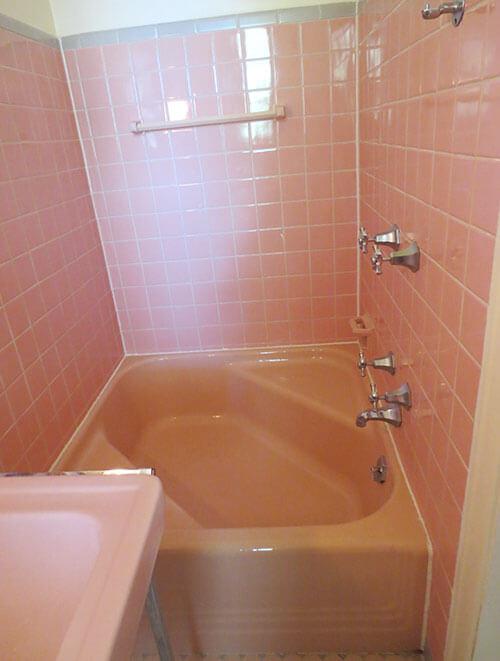 pink-cinderella-tub-retro