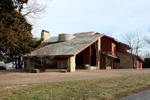 retro-house-exterior