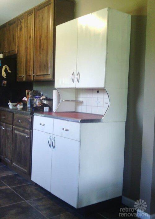 youngstown kitchen hutch