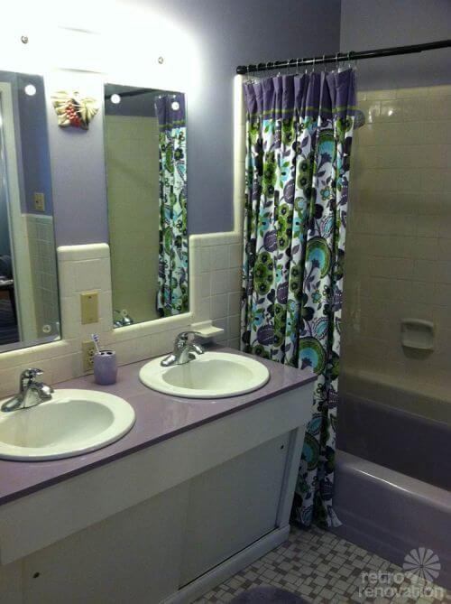 lavendar-bathroom