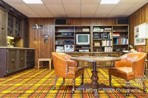 retro-plaid-carpet