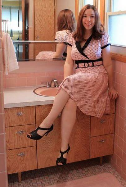 kate-pink-bathroom-photo