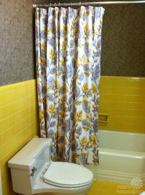 vintage-yellow-tile-bathroom