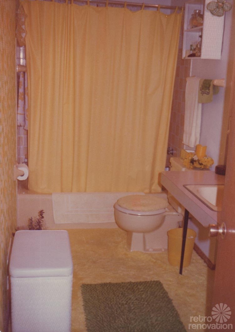 Retro bathroom with carpet Washable bathroom carpet cut to fit