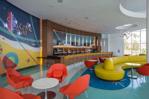 retro-mod-bar-and-lounge