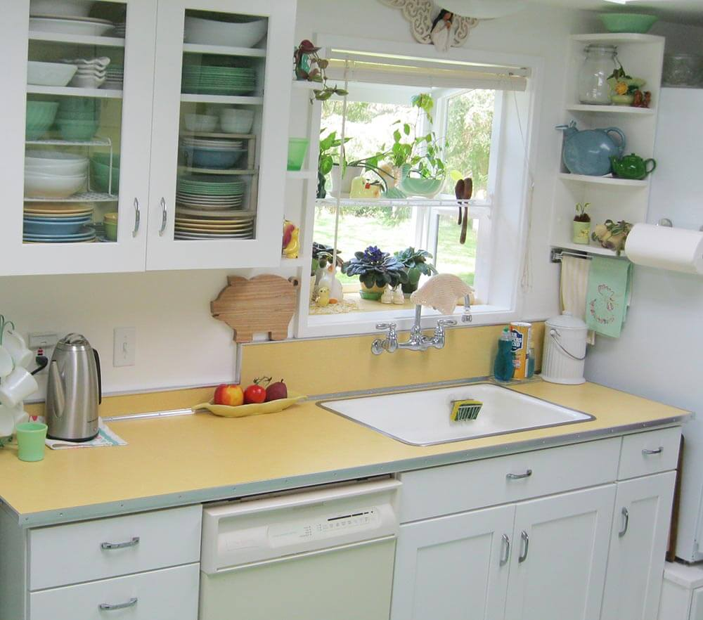 Old Kitchen Remodeling Maile Remodels A Dark 1970s Kitchen Into A Sunny 1940s Delight