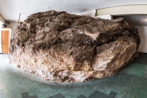 house-built-around-bedrock