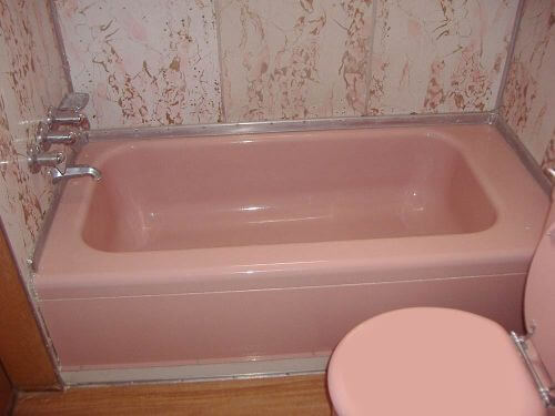 midcentury-mini-pink-tub