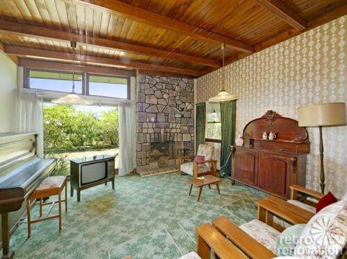 retro-wood-ceiling