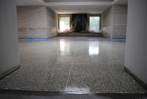 sealer-applied-to-terrazzo-floor