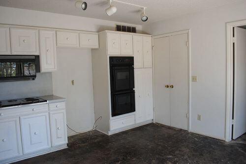 kitchen-before-retro