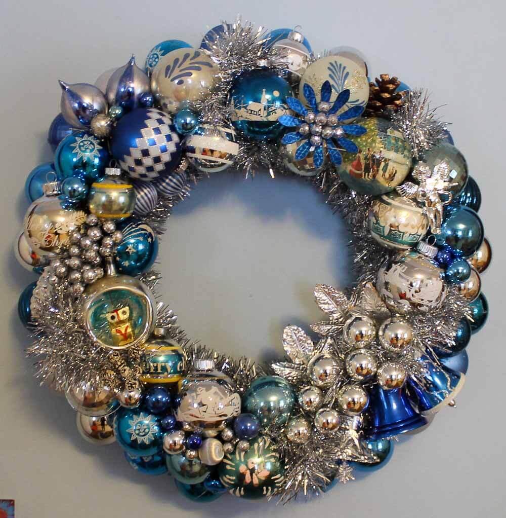 100+ photos of DIY Christmas ornament wreaths - Upload yours, too - Retro Renovation