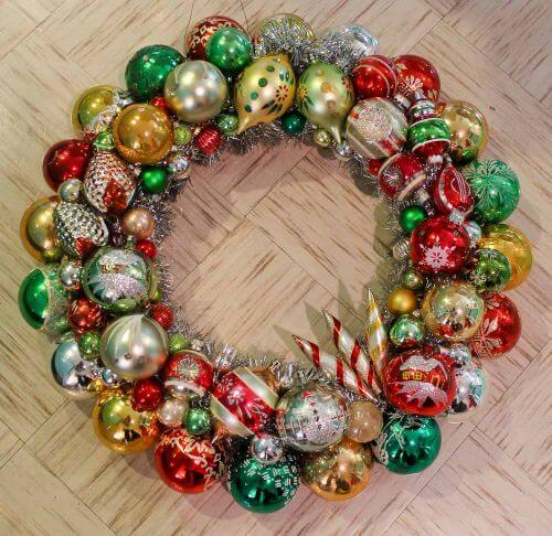 vintage-ornament-wreath-1-3