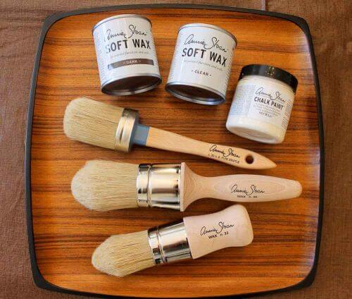 I test and review Annie Sloan Chalk Paint