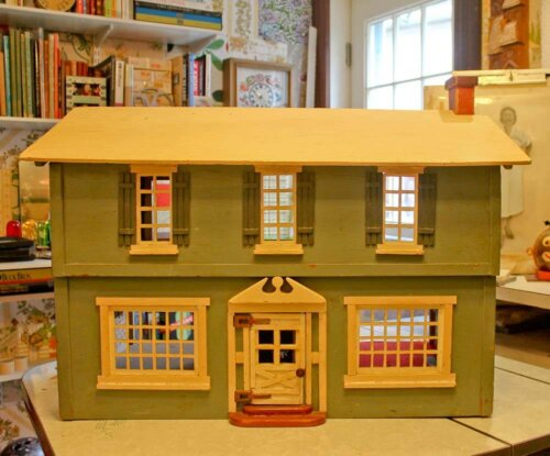 vintage-dollhouse-1