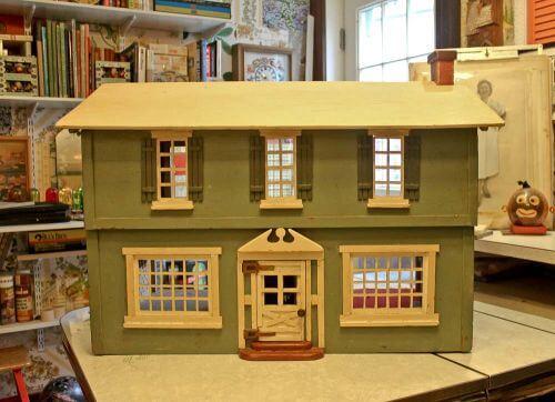vintage-dollhouse-2