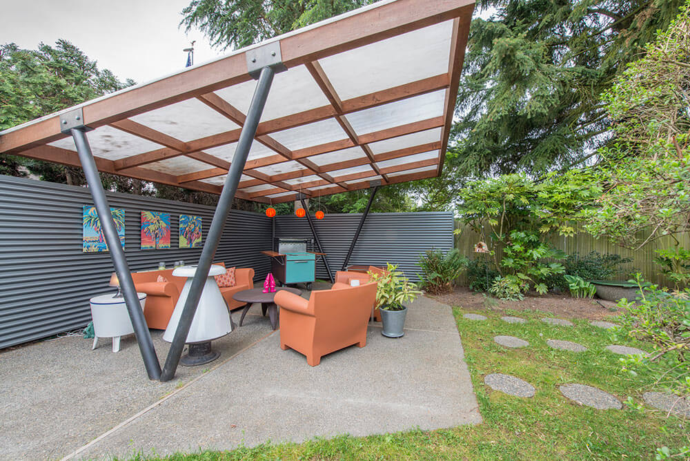 Tammy Sells Her Midcentury House To Travel America By Camper