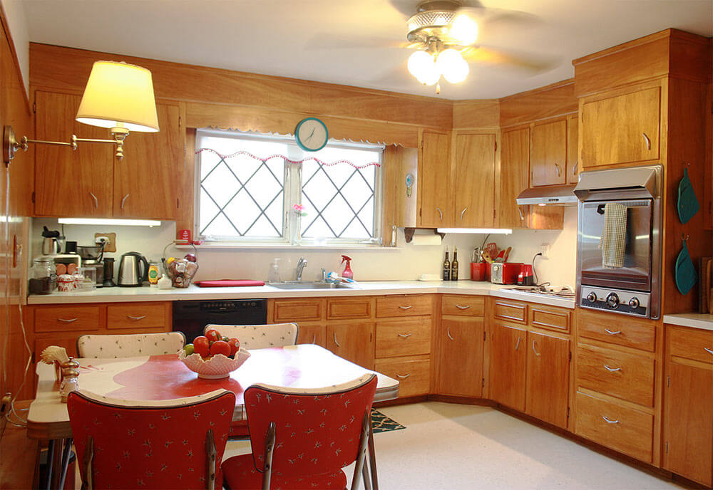 frances and doug 39 s warm and inviting restored 1950s wood kitchen retro renovation. Black Bedroom Furniture Sets. Home Design Ideas