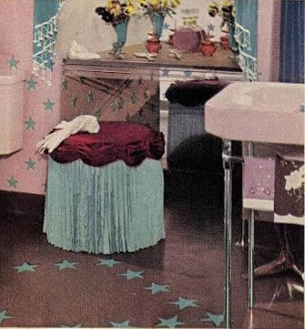 1940s bathroom