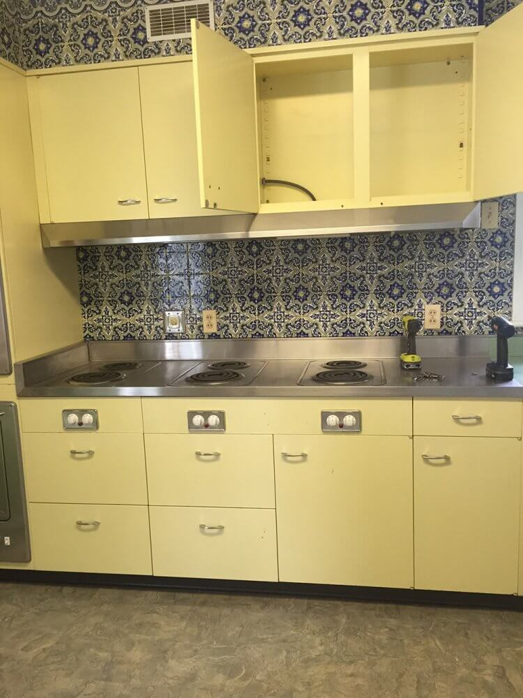 Vintage St Charles Kitchen Cabinets With Thermador