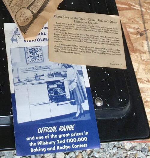 vintage GE Range brochure