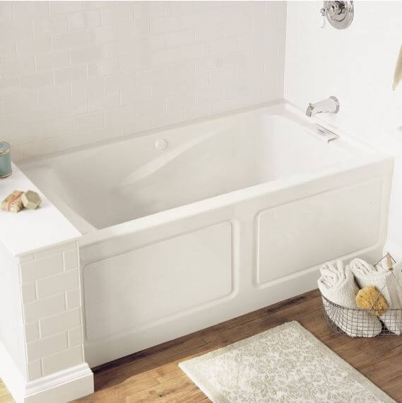 Deep soaker bathtub vs classic style bathtub which to for Soaking tub vs bathtub