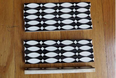 black-white-liner tiles