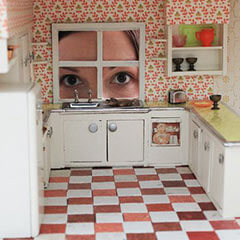 peeking-in-dollhouse-kitchen