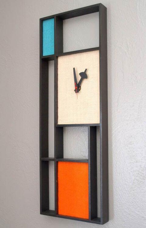 midcentury retro clock