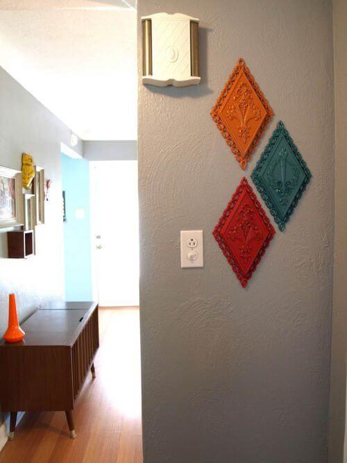 retro-wall-plaques