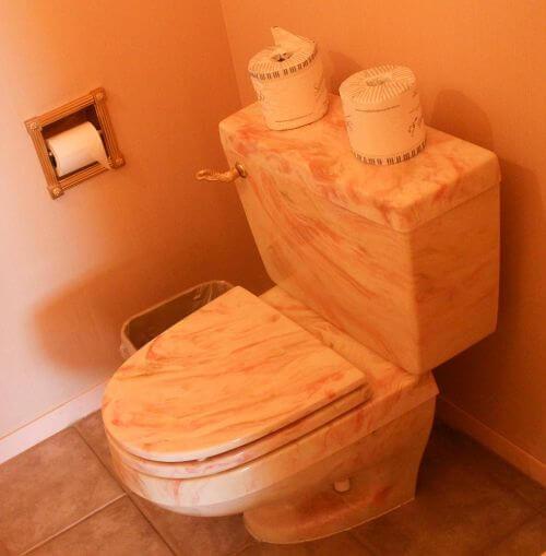 marble-toilet