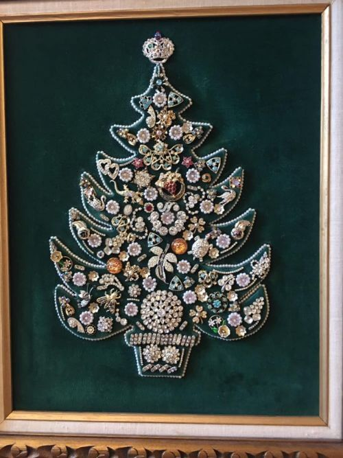 vintage-jewelry-christmas-tree