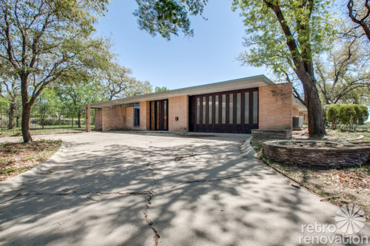 Stunning 1955 Midcentury Modern House In Fort Worth