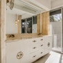 retro-bathroom-vanity