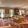 vintage-deorator-living-room