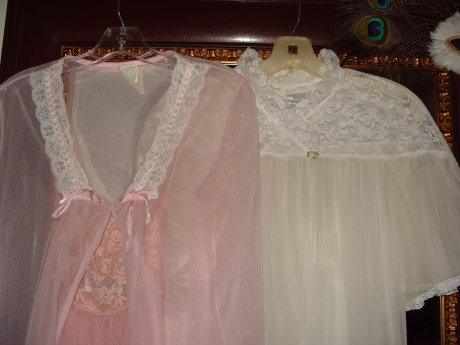 anitas-lingerie3.jpg